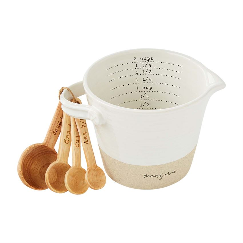 Stoneware measuring cup set/ with spoons